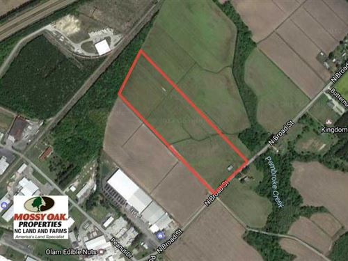 23 Acres of Development Land For : Edenton : Chowan County : North Carolina