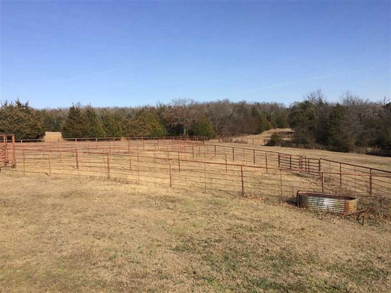 Price Reduced Large Home, 2 Barn : Ranch for Sale : Mount