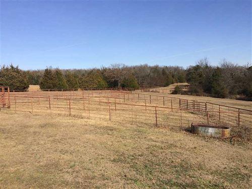 Price Reduced Large Home, 2 Barn : Mount Vernon : White County : Arkansas