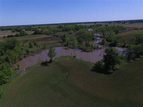58 Acres of Riverbottom Land With : McCune : Labette County : Kansas