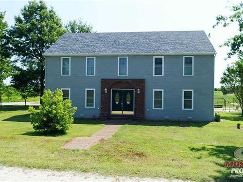 205 Acre Farm In Lawrence County : Verona : Lawrence County : Missouri