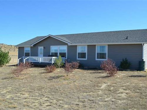 Three Bedroom, Two Bath Home on 99 : Thermopolis : Hot Springs County : Wyoming