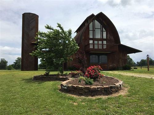 Stables On The Hill 233 : Elkins : Washington County : Arkansas