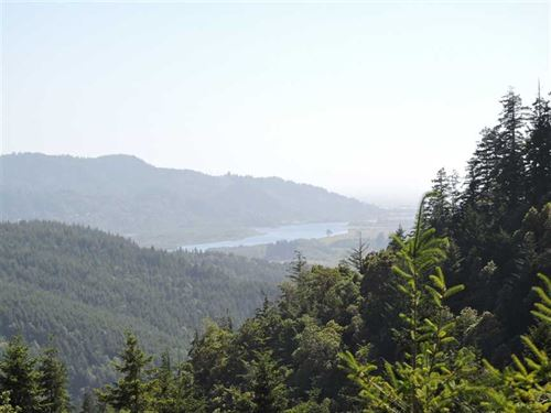 Lot 102 North Bank Rd : Gold Beach : Curry County : Oregon