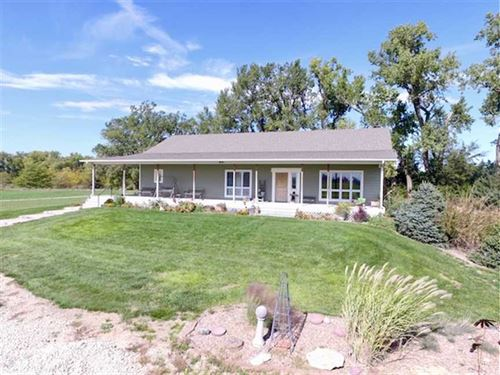 Ranch Home on 110 Acres in Staf : Great Bend : Stafford County : Kansas