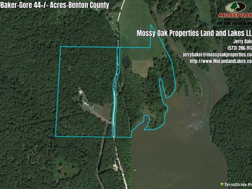 Home on 44 Lake Front Acres In : Lincoln : Benton County : Missouri