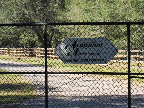10 Acres Of Equestrian Estate Land : Wesley Chapel : Pasco County : Florida