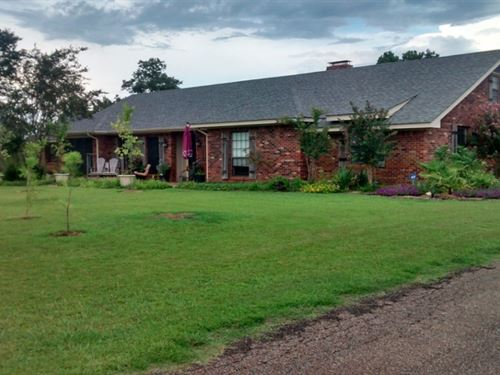 34.4 Acres W/Home In Clay County : West Point : Clay County : Mississippi