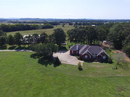 199+/- Farm - 2 Homes, Barns, Ponds : Munford : Talladega County : Alabama