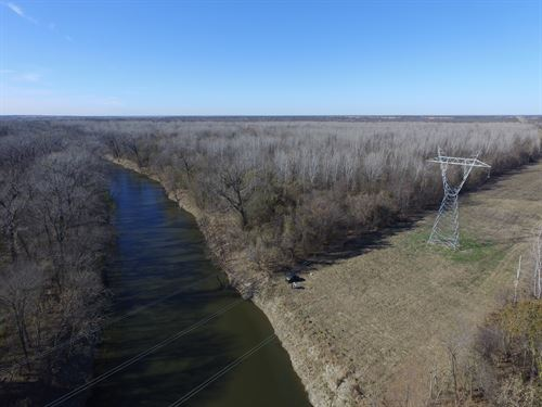 1400 Acre Sulphur River Ranch : Cunningham : Lamar County : Texas