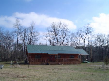 13.1 Acre Horse Ranch : Houston : Chickasaw County : Mississippi