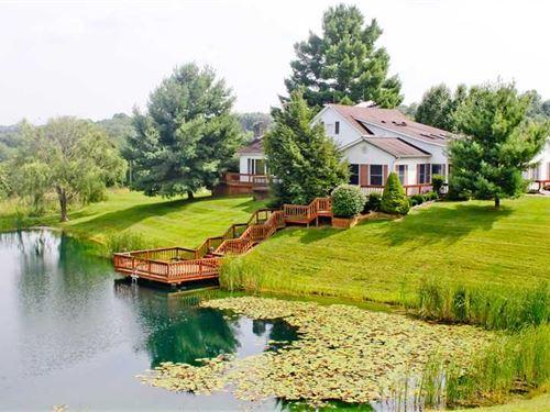 Beautiful Cape Cod Style House Ove : Osgood : Ripley County : Indiana