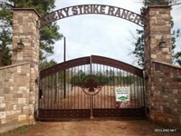 415 Ac, High Fence Ranch With Lodg : Nacogdoches : Nacogdoches County : Texas