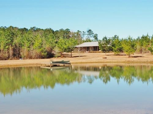 House With 53 Acres Timber, Pond : Magnolia : Pike County : Mississippi