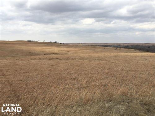 Eskridge Flint Hills Pasture : Alma : Wabaunsee County : Kansas