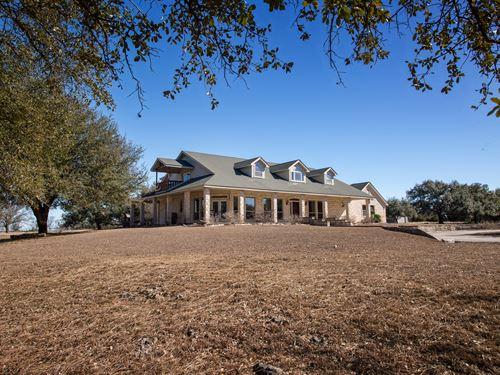102 Ac, Custom Home, Pool : Salado : Bell County : Texas