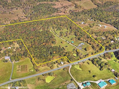 Private & Picturesque 67 Ac Estate : Kansas City : Platte County : Missouri
