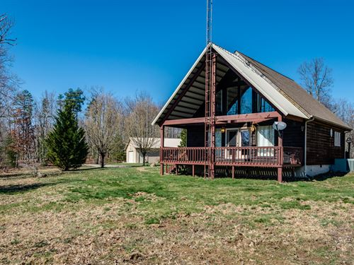 50 Ac W/2 Story Log Siding Hm : Monterey : Overton County : Tennessee