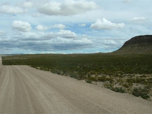 66 Acres With Mountains, $298/Mo. : Sierra Blanca : Hudspeth County : Texas