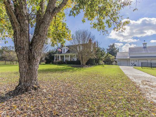 Whistle 'N Dixie Farm House : Rutledge : Morgan County : Georgia