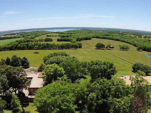 191 Acres in Lawrence, Kansas : Lawrence : Douglas County : Kansas