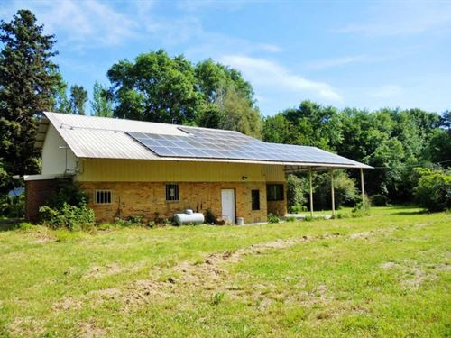 Custom Home On 35 Acres Solar Power : Kentwood : Tangipahoa Parish : Louisiana