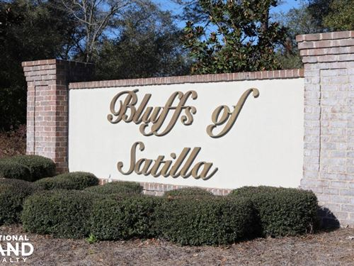 The Bluffs of Satilla : Waycross : Pierce County : Georgia