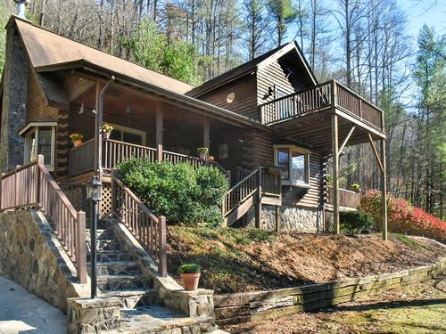 Mountain Cabin On Beautiful Stream : Burnsville : Yancey County : North Carolina