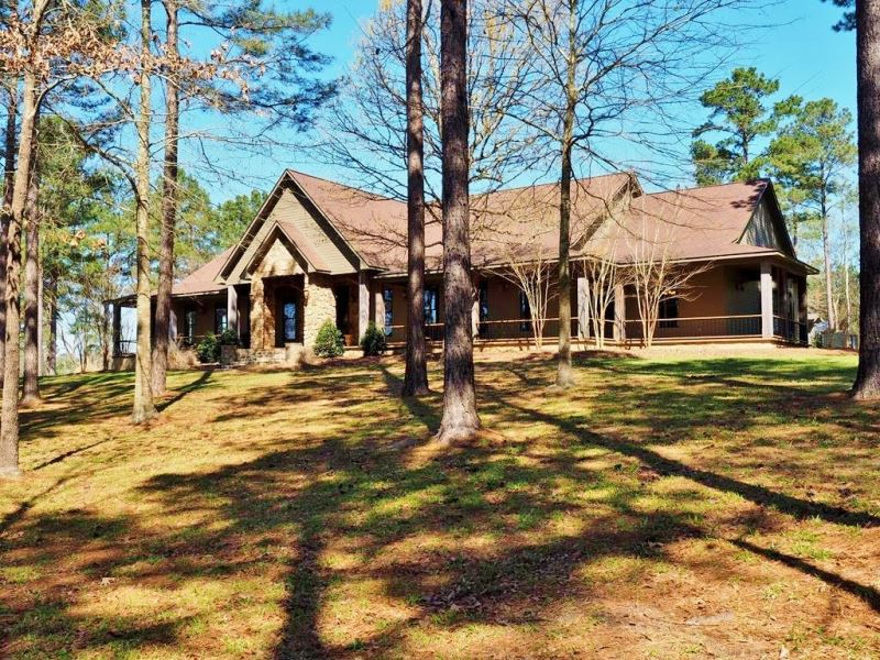 House with 40 acres 2 acre lake ranch for sale for Ranches for sale in mississippi