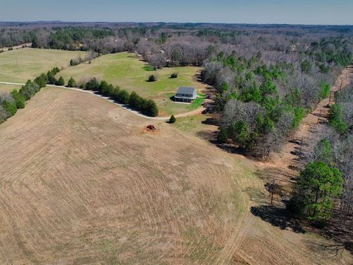Beautiful Farm With Home & Pastures : Laurens : South Carolina