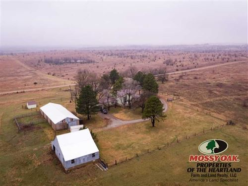 Country Home With 30 Acres : Eureka : Greenwood County : Kansas