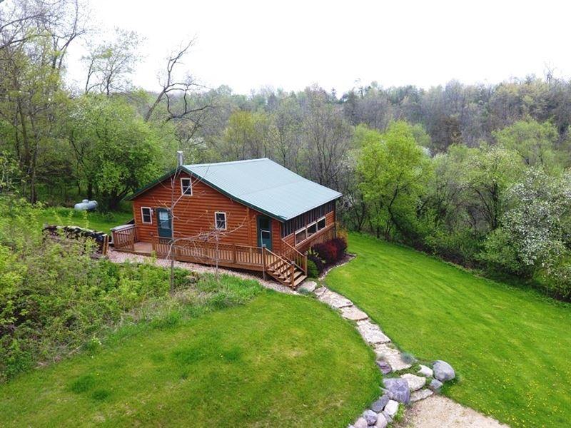 Off Grid Cabin Paradise : Ranch for Sale : Mineral Point ...