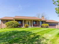 Gentleman's Farm, Remodeled Home : Harrogate : Claiborne County : Tennessee