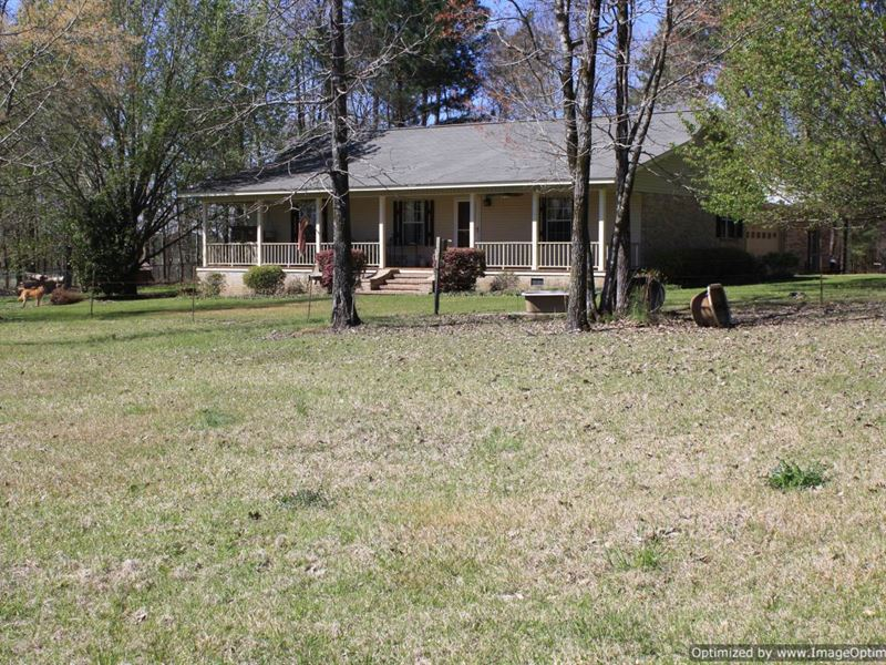Beautiful home for horse lovers ranch for sale for Ranches for sale in mississippi