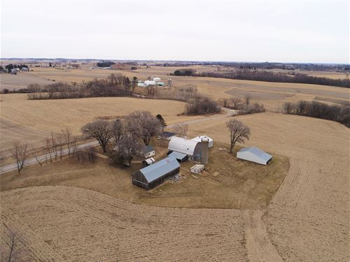Beautiful Ridge Farm With Views : Viroqua : Vernon County : Wisconsin