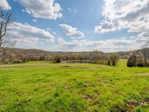 124 Scenic Acres W/ Panoramic Views : Williamsport : Hickman County : Tennessee