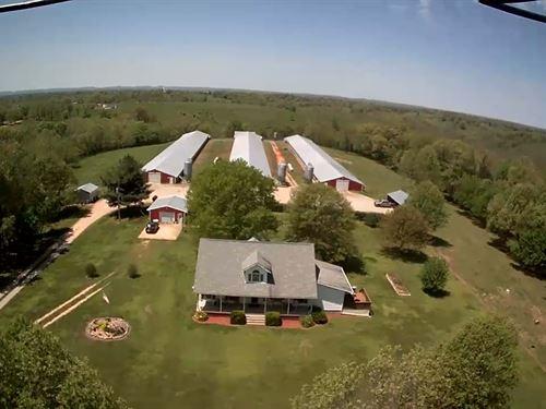 Broiler Farm W/ 57 Ac & Modern Home : Green Forest : Carroll County : Arkansas