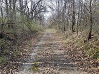 End Of The Road Farm : New Salem : Pike County : Illinois
