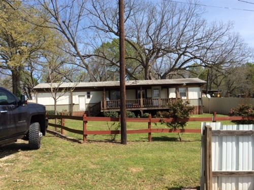 Big Woods Hunting And Fishing 49 Ac : Palestine : Anderson County : Texas