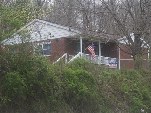 67 Acres M/L One Story Brick Ranche : Clendenin : Kanawha County : West Virginia