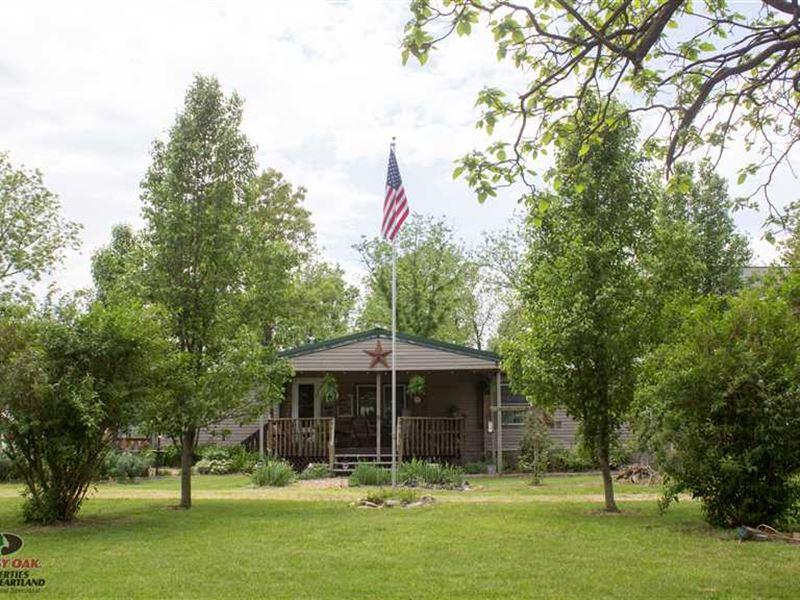 45 Acres And Ranch Style Home, Da : Urbana : Dallas County : Missouri