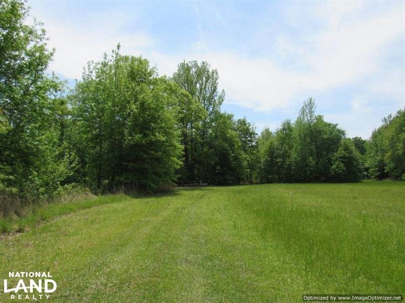 Mature Hardwood & 70 Acre Lake : Lexington : Holmes County : Mississippi