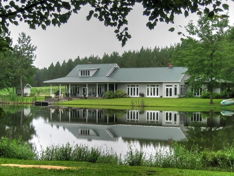 Beautiful Home, Pond And View : Ranch for Sale : Twin City