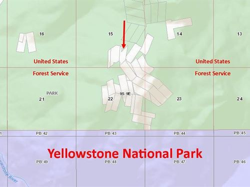 Neighboring Yellowstone National Pa : Gardiner : Park County : Montana