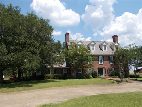 Beautiful 3 Story Home On 10 Acres : Tylertown : Walthall County : Mississippi