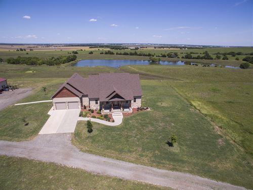 Amazing Views And Wildlife : Salina : Saline County : Kansas