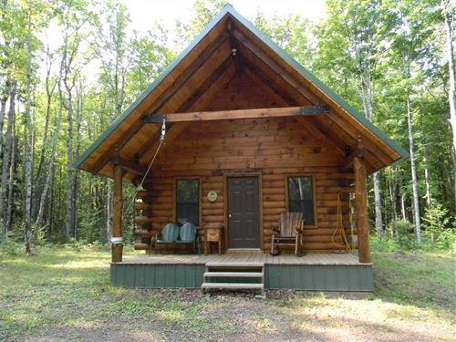 Ontonagon 80 And Log Cabin : Ontonagon : Michigan
