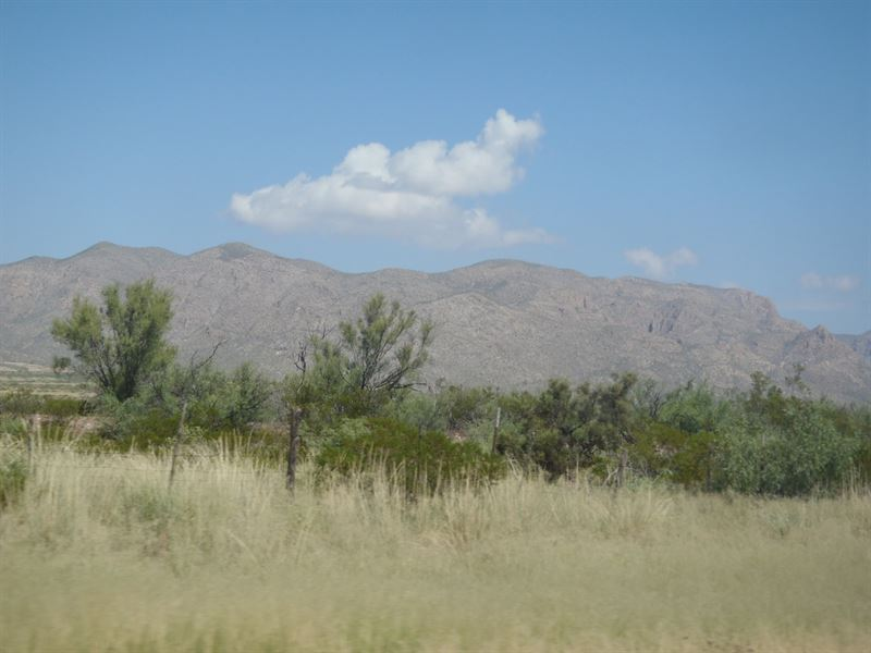 10 Acres In Sierra Blanca, TX : Sierra Blanca : Hudspeth County : Texas