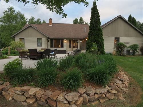 Immaculate Ranch Home : Junction City : Portage County : Wisconsin