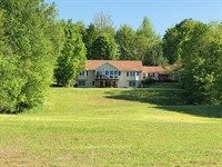 Beatuiful Country Home With Pond : West Monroe : Oswego County : New York